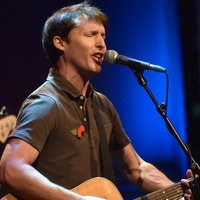 James Blunt says two strangers have offered sick father lifeline