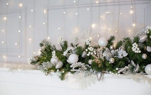 Gardening: How to style your yuletide mantelpiece the natural way
