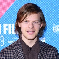 Lucas Hedges shares how he bonded with Shia LaBeouf before playing him