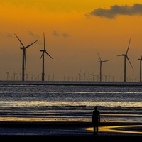 Windy weather sets new renewable power record for Britain