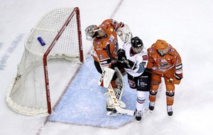 Belfast Giants must keep cool heads in Challenge Cup