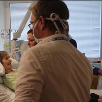 English woman receives world-first cancer therapy