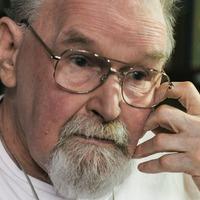Artist and author Alasdair Gray dies aged 85