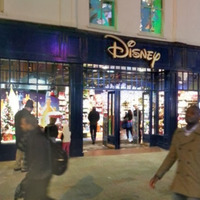 Criticism of Dublin's Disney store to install security gates to keep rough sleepers away