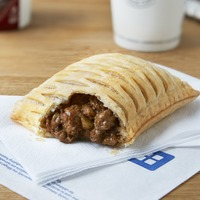 Queues for Greggs' vegan steak bake as over 300,000 sign up for Veganuary