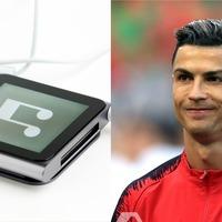 Cristiano Ronaldo's retro iPod shuffle catches fans' attention ahead of match