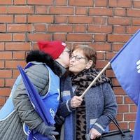 Striking nurses vow to continue walkouts as healthcare crisis escalates