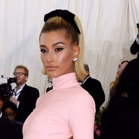 Hailey Bieber defends Justin from those 'downplaying' Lyme disease
