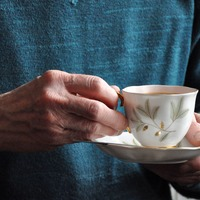 Habitual tea drinking 'linked to longer life'