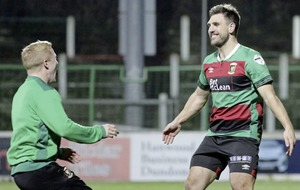 Glentoran's Gavin Peers busy on and off the pitch