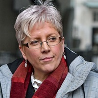 Carrie Gracie hails Samira Ahmed over BBC equal pay dispute