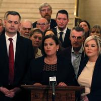 Sinn Féin backs deal to restore Stormont executive