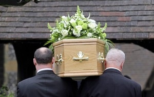 Cost of basis funeral rises to £6,700 says SunLife