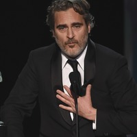 Joaquin Phoenix labels Leonardo DiCaprio 'an inspiration'