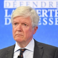 Lord Tony Hall to step down as BBC Director-General