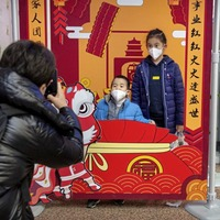 Precautions heightened in China as governments strive to control coronavirus outbreak
