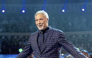 Tom Jones to play Belfast date in May