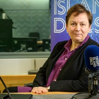 Anne Enright says Booker Prize victory 'made her male rivals unhappy'