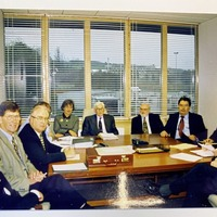 Seamus Mallon's key role in 1998 Good Friday Agreement recalled in photo from talks