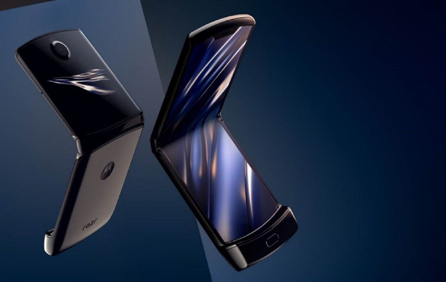 You can now pre-order Motorola's foldable RAZR on Verizon for $1,500