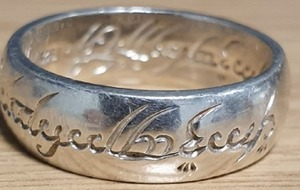 Lord Of The Rings fans chime in as police seek owner of stolen ring