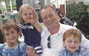Father of murdered children appeals for letters to help with self-isolation