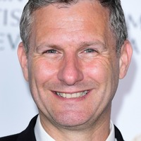 Adam Hills finally shaves off Brexit beard on The Last Leg