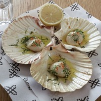 James St Cookery School: Scallops with chilli and garlic butter, Rum baba