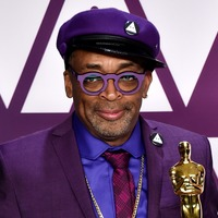 Spike Lee pays tribute to Kobe Bryant with his Oscars suit