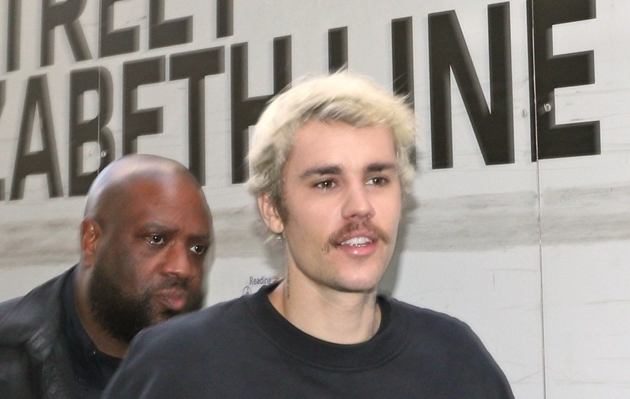 Justin Bieber brags about his hectic sex life