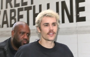 Changes: Justin Bieber gets rid of his moustache