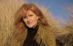 What's On: Eddi Reader in Armagh, charity abseiling in Belfast, a tribute to Seamus Heaney in Antrim and more