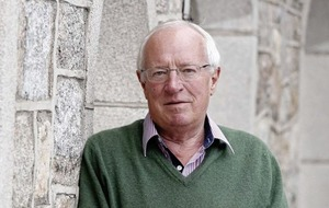 Journalists Robert Fisk and Conor O'Clery in conversation in Belfast