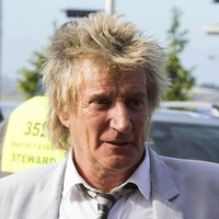 Pre-trial hearing set in Sir Rod Stewart's assault case