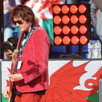 Manic Street Preachers donate £3,000 to Welsh flood victims