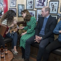 Duke of Cambridge apologises to wife after talking football in pub visit