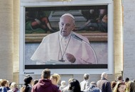 Pope delivers usual blessing and remarks to faithful via video