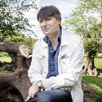 Poet Laureate Simon Armitage to appear at Linen Hall Library next week