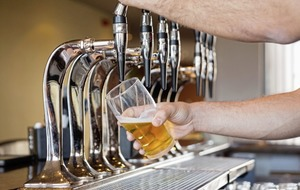 11pm closure for pubs and restaurants