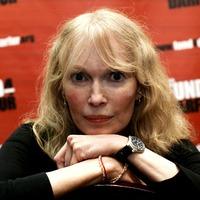 Mia Farrow leads tributes to Max von Sydow