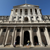Coronavirus: Bank of England announces emergency rate cut to 0.25%