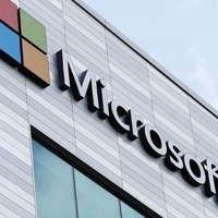 Pentagon reconsiders £8bn Microsoft contract after Amazon protest