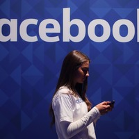 Facebook makes advanced Workplace platform free for emergency services