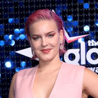 Which shows does singer Anne-Marie love to binge watch?