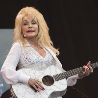 Dolly Parton says her heart is 'broken' after death of Kenny Rogers