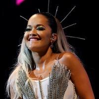 Rita Ora in hilariously awkward home exercise fail during live stream