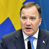 Stefan Lofven wins backing to form new government in Sweden