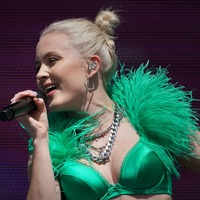 Deezer fitness playlists gain voices of motivation from Zara Larsson and others