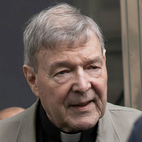 Cardinal George Pell failed to remove suspected paedophile priest, inquiry finds