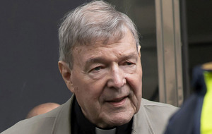 Video: Pope Francis warmly greets Cardinal George Pell after sex abuse trial